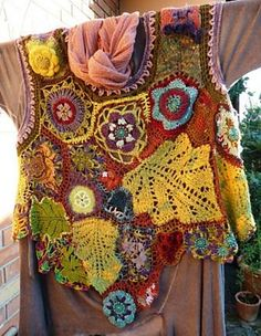 Ravelry: foodknitter's surcot for forest witch/surcot pour fée des bois/ - Esp love the way the leaves are integrated inside Freeform Crochet, Crochet Art, Irish Crochet, Crochet Motif, Crochet Stitches, Free Crochet, Knitting Projects, Crochet Projects, Knitting Patterns