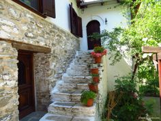 An authentic house in Kazaviti (Megalos Prinos) - old mountain village with traditional houses, Thassos Island
