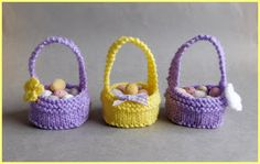 I love writing patterns that are simple to knit . Hope you all like my latest little bit of fun. Sweet Little Easter Baskets Easter Basket Basket Pattern Cast on Kni Crochet Patterns For Beginners, Knitting Patterns Free, Free Knitting, Baby Knitting, Free Pattern, Knitting Ideas, Baby Patterns, Knit Patterns, Knitting Bags