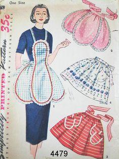 Vintage Apron Pattern Simplicity 4479 Vintage 1953 Misses One Yard Aprons One Size Vintage Apron Pattern, Retro Apron, Aprons Vintage, Vintage Sewing Patterns, Apron Patterns, Sewing Aprons, Sewing Clothes, Cute Aprons, Apron Designs