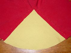 Setting a godet into slit fabric - La cotte simple