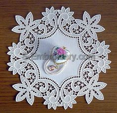Floral freestanding lace doily