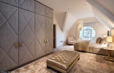 Bedroom Interior Design Ideas (1139) https://www.snowbedding.com/