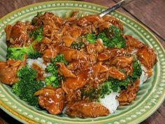 CP Teriyaki Chicken 3 large skinless chicken breasts or thighs (whole, sliced, or cubed) 16 oz pineapple chunks cup teriyaki sauce 16 oz bag frozen broccoli florets Pour all ingredients in crock pot. Cook on low 8 hours. Slow Cooker Recipes, Crockpot Recipes, Chicken Recipes, Cooking Recipes, Easy Cooking, Healthy Cooking, Healthy Recipes, Great Recipes, Favorite Recipes