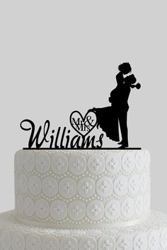 Wedding Cake Topper Couple Silhouette Mr & Mrs Personalized with Last Name, Acrylic Cake Topper A615