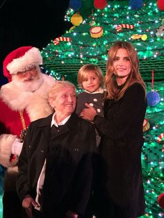 Stana with Santa Claus, her mother and niece at LegoLand