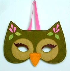 Olive the owl mask KIT by prettylilthings on Etsy Owl Crafts, Crafts For Kids, Arts And Crafts, Owl Mask, Halloween Owl, Halloween Party, Animal Masks, Cute Owl, Sewing Projects