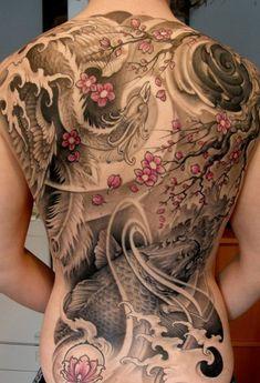 Japanisches Koi Rückentattoo