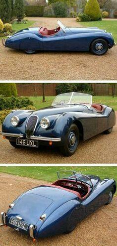 Jaguar XK 120 as one should be: disc wheels & skirts.