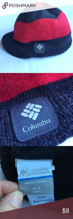 NWOT Columbia Boy's Youth Winter Hat NWOT Columbia winter hat, fleece lined with brim. Boy's youth. Columbia Accessories Hats