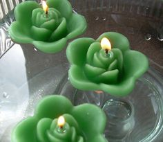 horizon blue and clover green wedding   12 Clover Green Floating Rose Candles Wedding Party   eBay