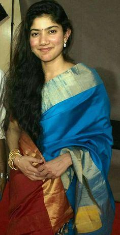 Beautiful Long Hair, Beautiful Gorgeous, Beautiful Saree, Indian Actress Photos, Indian Actresses, Most Beautiful Indian Actress, Beautiful Actresses, Sai Pallavi Hd Images, Indian Heroine