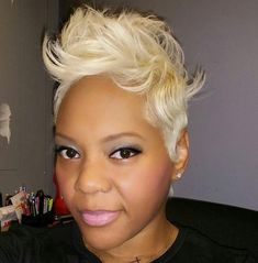 Loved doing this look! Platinum blonde natural hair Short hair cut and style Hope Hannibal www. Short Sassy Hair, Short Hair Cuts, Short Hair Styles, Natural Hair Styles, Pixie Cuts, Pixie Styles, Blonde Natural Hair, Platinum Blonde Hair, Ash Blonde