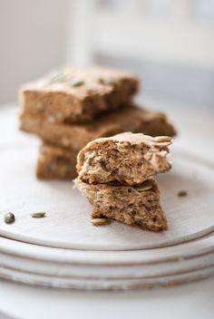 Scandi Home: Rainy days - Yoghurt Spelt Bread