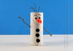 Cardboard Tube Olaf Craft from Frozen - Crafts by Amanda ! Kids Crafts, Christmas Crafts For Kids, Crafts To Do, Preschool Crafts, Kids Christmas, Holiday Crafts, Arts And Crafts, Easy Crafts, Frozen Christmas