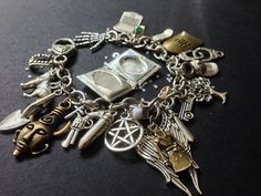 Limited edition bracelet inspired by the Supernatural television series. Bracelet measures 20cm and comes in a gift bag. The charms include: -