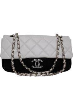 Chanel Purse from Danijela ♥´´¯`•.¸¸.Ƹ̴Ӂ̴Ʒ - trendme.net