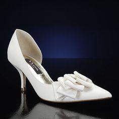 Medium Heel Ivory Bridal Shoes! http://www.bridalshoes.com/ivory-wedding-shoes/medium-heel