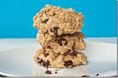 quick and healthy chocolate chip cookies...mm pre or post workout treat...yes please!