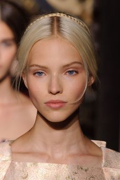 #makeup #nude #natural , no make-up look Valentino Haute Couture AW 2013 _