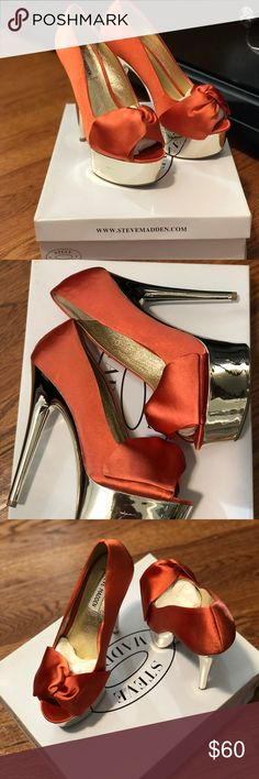 Steve Madden Moskow peep-toe pump - Coral Perfect for a night out on the town!   Slight scratch on the platform and very unnoticeable small peeling on bottom of sole. (Shown in pics) Steve Madden Shoes Heels