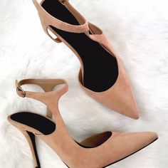 NIB Alexander Wang Stefania in Sandstorm This is such a go to look for your heels! Asymmetrical straps, slightly pointed toe, made of the highest quality suede. No flaws, comes with original box! Alexander Wang Shoes Heels