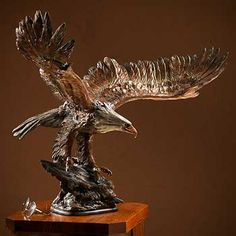 Danny Edwards Eagle Sculpture