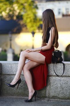 These legs are so freakin hot! Miami Fashion, Tween Fashion, Looks Pinterest, Asian Model Girl, Girls Are Awesome, Great Legs, Beautiful Legs, Beautiful Women, Woman Crush