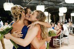 lo bueno compartido es mejor!  #friends #bestfriends #JoanSardà #bodabonita #bodabarcelona #ramodenovia  #weddingbarcelona #weddingphotography #weddgingplanner #weddingideas #weddingplanning #amorciño #kissme #kiss #bride  #bodasgalicia #bodasoriginales #bodaalairelibre #boda #teestimo #Barcelona #Catalunya #bodacivil #bodabarcelona @cellerjoansarda @calblay