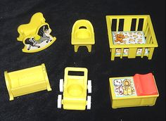 Still have most of this set and my daughter plays with it in her dollhouse.