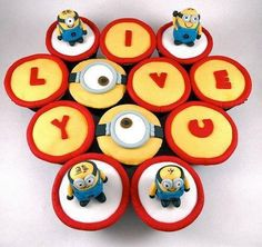 Minions cakes @Christie Moffatt Moffatt Moffatt Moffatt Moffatt Moffatt Eagles #cakes http://pinterest.com/ahaishopping/