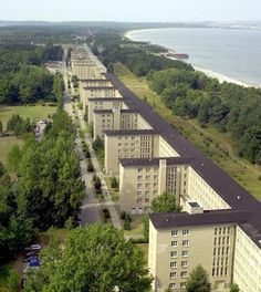 World's Largest Hotel - Prora Hotel Germany Stretching for more than 4 km along the sandy beach of the Baltic Sea, the German island of Rug. Abandoned Mansions, Abandoned Buildings, Abandoned Places, German Architecture, Architecture Details, Pictures Of Germany, Abandoned Amusement Parks, Baltic Sea, Germany Travel