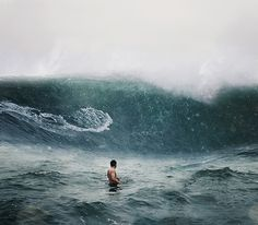 this reminds me of the waves in madeira island! We didn't fear the ocean and the big and wild waves Miss doing this with u cousin No Wave, Big Wave Surfing, Big Waves, Another World, The Great Outdoors, South America, Underwater, Golf, In This Moment