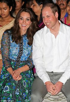 Kate Middleton and Prince William are charmed by tiny dancer at Kaziranga National Park in India | Daily Mail Online Kate Middleton Prince William, Prince William And Catherine, Charles And Diana, William Kate, George Et Charlotte, Princess Charlotte, Princess Diana, Kate Middleton Photos, Kate Middleton Style
