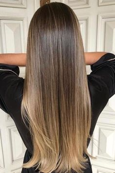 Hair color balayage ash blonde highlights ideas for 2019 Brown Hair With Blonde Highlights, Brown Ombre Hair, Ombre Hair Color, Hair Color Balayage, Brown Hair Colors, Hair Highlights, Summer Highlights, Balayage Long Hair, Balayage Brunette