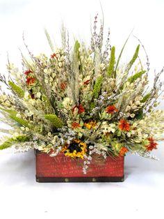 Dried Floral Arrangement   #flower_arrangements    #dried_flowers    #flowers