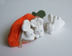 Carrot purse with rabbit family