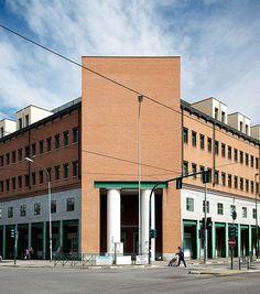 "Palazzo per uffici ""Casa Aurora"", Aldo Rossi. © Angelo Morelli Multi Story Building, Louvre, Angelo, Aldo, Aurora, Travel, Home, Viajes, Northern Lights"