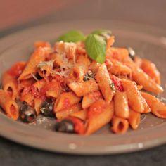 Cestoviny s tomatovou omáčkou Carrots, Pasta, Vegetables, Food, Carrot, Veggies, Vegetable Recipes, Meals, Noodles