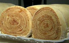 Confeiteira mostra como preparar receita tradicional de bolo de rolo (Foto: Reprodução/TV Anhanguera)