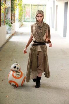Rey cosplay - Star Wars by Phobos-Cosplay https://www.facebook.com/PhobosCosplay #TheForceAwakens