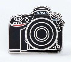 Pin's Nikon D810 - Nikon Store