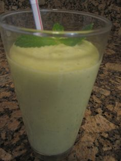 Mango Mint Avocado Smoothie from pg 106 in S.A.S.S! Yourself Slim