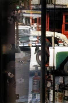 Saul Leiter - Taxi, 1956 - Howard Greenberg Gallery