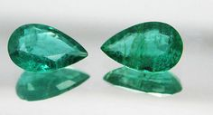 4.47 Crt / 2 Pcs Ct Fine  Natural Emerald Pear Pair UnTreated 12x7.7 mm - RareGem.IN - 1