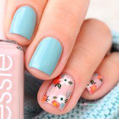 essie fall 2016 go go geisha udon know me pink and blue flower floral nail art Nail Art Designs, Flower Nail Designs, Chic Nail Art, Chic Nails, Spring Nail Art, Spring Nails, Irridescent Nails, Jolie Nail Art, Nail Polish Art