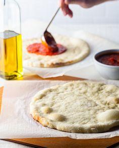 Gluten Free Sweets, Gluten Free Baking, Vegan Gluten Free, Gluten Free Recipes, Pizza Roll Dough Recipe, No Yeast Pizza Dough, Dairy Free Pizza, Pepperoni Bread, Fodmap Foods