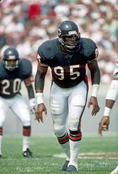 Richard Dent - Chicago Bears - DE One of favorites defensive players Bears Football, Nfl Bears, But Football, Nfl Chicago Bears, Football Baby, Football Players, Football Helmets, Baby Bears, College Football