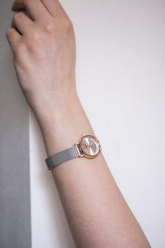 Mr. Boho silver watch with rosegold case. Designed in Spain. • Stříbrné  celokovové hodinky Mr. Boho.  #watches #womenswatches #silverjewelry #mrboho #hodinky #5to12watches Boho, Metallica, Watches, Retro, Mini, Bracelets, Jewelry, Fashion, Rings