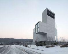 Divine Interventions: Reinforced Concrete Cantilevers Activate Church Architecture - Architizer